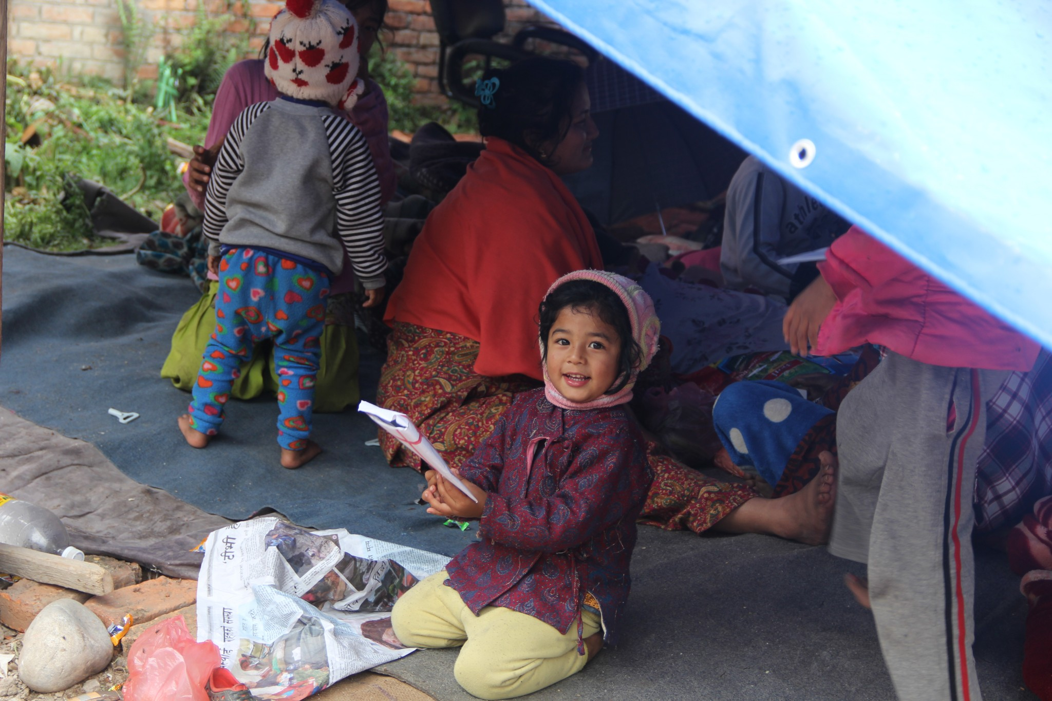 Aid delivered to Nepal as second quake hits